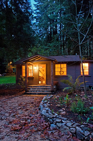 Glen Oaks Big Sur cabin